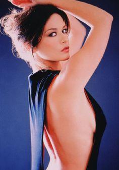 Catherine Zeta-Jones as Moiraine Damodred