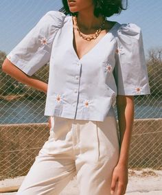 curated vintage, in house clothing line, hand blended fragrances & selected designs from independent labels. Summer Outfits, Girl Outfits, Cute Outfits, Fashion Outfits, Estilo Folk, Casual Chic, Casual Wear, Camisa Polo, Aesthetic Clothes