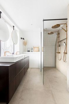 32 Brilliant Over the Toilet Storage Ideas that Make the Most of Your Space - The Trending House Rustic Bathroom Vanities, Bathroom Red, Bathroom Toilets, Wood Bathroom, Bathroom Wallpaper, Modern Bathroom, Small Bathroom, Master Bathroom, Small Toilet
