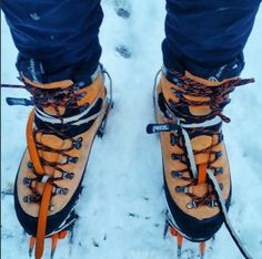 On the ice today for the first time! It was tough to get the hang of ice climbing but even tougher to regulate temperature. My feet were strangely cold even in these massive boots.. Note to self – next time get foot and hand warmers!