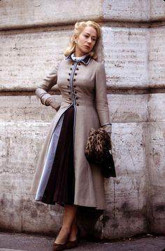 La Belle Otéro, toujoursaufonddemoi: The Roman Spring of Mrs. Hellen Miren, Dame Helen, Beautiful Old Woman, Smart Outfit, Star Wars, English Actresses, Elegant, Lady, Hollywood Actresses