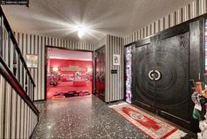 1962 time capsule house with bold and colorful decorator interiors — Mendota Heights, Minn. - Retro Renovation