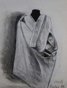 Látka na manekýně - studijní kresba (přírodní a umělý uhel)