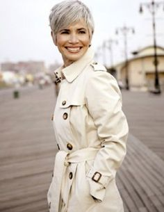 Photos Of Short Haircuts for Older Women_17