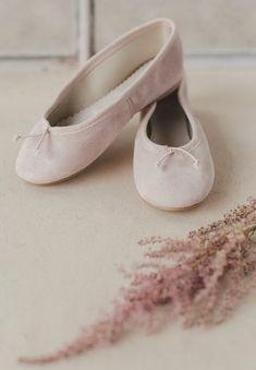 b731a2fffaf5c Ballerines fille en toile et ruban croisé style ballet