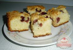 Meggyes bögrés European Dishes, Muffin, Cherry, Good Food, Cooking Recipes, My Favorite Things, Cubes, Breakfast, German
