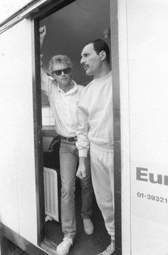 Roger Taylor and Freddie Mercury in 1986 at Budapest during 'Magic Tour'.