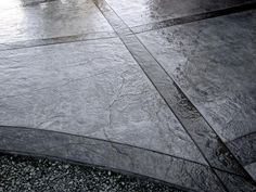 25 New ideas for concrete patio landscaping diy projects Stained Concrete Driveway, Concrete Steps, Concrete Driveways, Diy Concrete, Stamped Concrete Walkway, Walkways, Concrete Countertops, Stain Concrete, Driveway Paving