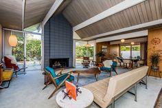 Snazzy Eichler in Balboa Highlands Seeks its Second-Ever Owner - Curbed LA