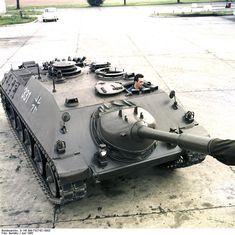 Bundesarchiv B 145 Bild-F027421-0002, Kanonenjagdpanzer (KanJPz) - Jagdpanzer Kanone 90 mm.jpg
