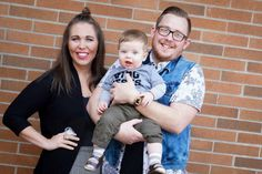Josh and Vanessa Ellis, both in their 20s, along with their 8-month-old baby boy Hudson. (Credit: KCPQ)