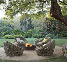 would love an outside area like this :)