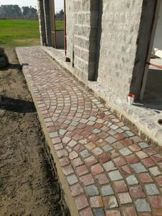 Garden Paths, Garden Art, Rock Design, House Design, Sun Lost, Paver Patterns, Brick Driveway, Walkway, Home Deco
