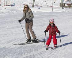 Prinses Ariane met Mamma aan het skiën (NL)
