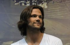 Hey, my Sammy girls @nicolehuds and @loulou1 - Click through for a whole set of Jared winking gifs and pics :D
