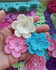 Simply How to Crochet a Puff Flower - Patchworkdecke Sitricken Crochet Squares, Crochet Motif, Irish Crochet, Crochet Designs, Crochet Stitches, Knit Crochet, Crochet Patterns, Crochet Ideas, Crochet Puff Flower
