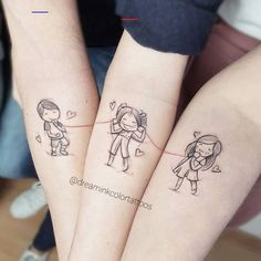Algo un poquito diferente hoy ? Jo me encantó la id… Sibling tattoo ? Jo loved the idea, thank you very much to all three for so much freedom with the designs and … Siblings Tattoo For 3, Cute Sister Tattoos, Brother Tattoos, Mommy Tattoos, Sibling Tattoos, Bad Tattoos, Tattoos For Daughters, Couple Tattoos, Body Art Tattoos