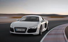 http://www.hdwallpapersinn.com/wp-content/uploads/2012/10/Audi-R8-2013-widescreen-01.jpg