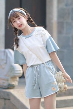 Japanese Outfits, Korean Outfits, Japanese Fashion, Girls Fashion Clothes, Teen Fashion Outfits, Girl Outfits, Korean Girl Fashion, Ulzzang Fashion, Korean Fashion Pastel