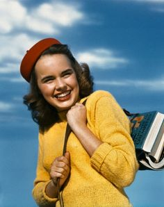 1940s teenage girl. Love the colour combination!