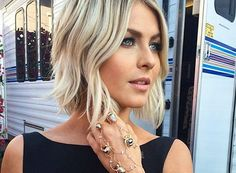 30 short blonde hairstyles to inspire you