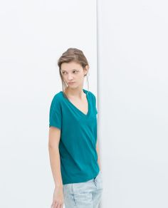 Image 3 of V-NECK T-SHIRT from Zara