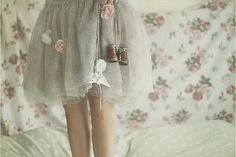 This skirt is just so sweet and floaty.