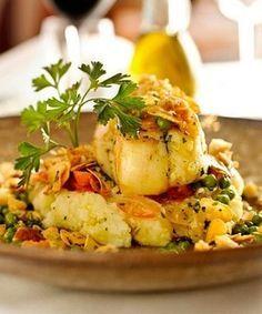 Bacalhau à Moura Encantada Cod Recipes, Fish Recipes, Seafood Recipes, Cooking Recipes, Cod Dishes, Seafood Dishes, Food L, Slow Food, Bacalhau Recipes