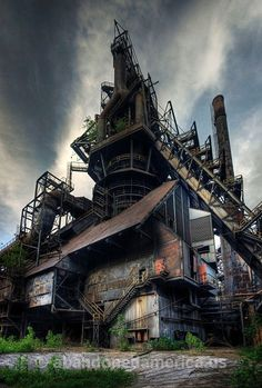 bethlehem steel, allentown pa - matthew christopher murray's abandoned america: breaks my heart bc I just keep hearing Billy Joel's song about Allentown going through my mind. This factory and others like it BUILT our nation! Abandoned Buildings, Abandoned Property, Abandoned Mansions, Old Buildings, Abandoned Places, Abandoned Cars, Abandoned Castles, Bethlehem Steel, Bethlehem Pa