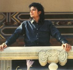 Michael Jackson Pictures 3 by Sheila Delva Paris Jackson, Jackson 5, Jackson Family, Michael Jackson Fotos, Michael Jackson Wallpaper, Michael Jackson Bad Era, Lisa Marie Presley, Elvis Presley, Beautiful Smile