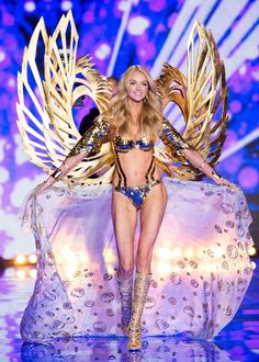 Pin for Later: See Every Jaw-Dropping Look From the Victoria's Secret Fashion Show Victoria's Secret Fashion Show 2014 Lindsay Ellingson