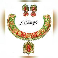 """#beautiful #hasli #necklace set with #peacockstyle #pendant and #earrings #kundan #meenakari #rajasthanijewellery #jaipurjewellery #handcrafted #jewellery…"""