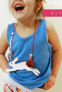 DIY Kids Animal Necklace – Silhouette Necklace Tutorial – Guest Petit a Petit and Family Fun Crafts For Kids, Diy For Kids, Cool Kids, Activities For Kids, Arts And Crafts, Diy Crafts, Necklace Tutorial, Diy Necklace, Necklaces