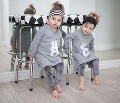 Suknie i sukienki dla dziewczynek na DeFashion.pl | #defashionpolska #fashion #kids #dresses #sukienki #dzieci #suknia Fashion Kids, Baby Strollers, Children, Baby Prams, Young Children, Boys, Kids, Prams, Strollers