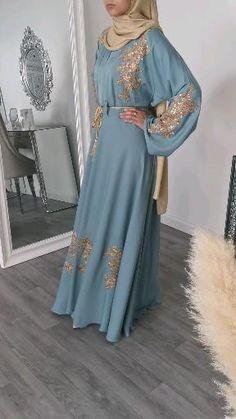 Modern Hijab Fashion, High Fashion Dresses, Hijab Fashion Inspiration, Abaya Fashion, Muslim Fashion, Fashion Outfits, Mode Abaya, Mode Hijab, Iranian Women Fashion