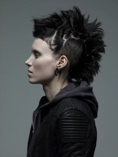 Rooney Mara's hair in the Girl With the Dragon Tattoo was a character in itself: fascinating, edgy, uncomfortable, and stunning.  I absolutely loved it and I loved the way she wore it differently in every scene.