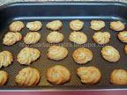 Fursecuri fragede cu untură | Rețete BărbatLaCratiță Biscuits, Muffin, Breakfast, Desserts, Food, Home, Crack Crackers, Morning Coffee, Tailgate Desserts