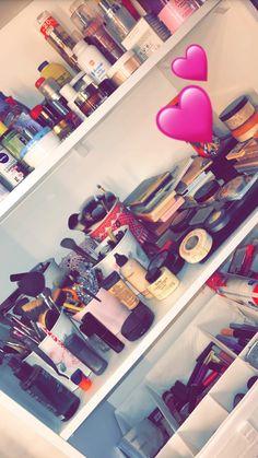 professional skin care line Beauty Skin, Beauty Makeup, Eye Makeup, Makeup 101, Makeup Goals, Makeup Storage, Makeup Organization, Street Style Photography, Snapchat Makeup