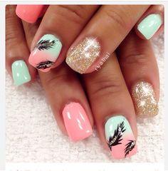 Unique pretty feather nails
