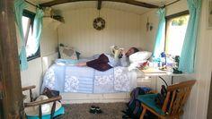 Retreat in English shepherd hut