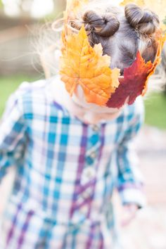 What to do with all those beautiful heaps of leaves your little ones gather? Give our festive fall leaf crown a try! Crafts To Do, Fall Crafts, Tea Blog, Leaf Crown, Forest School, Autumn Leaves, Festive, Kindergarten, Activities