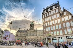 Wondering how to spend 3 days in Amsterdam? This 3 day Amsterdam itinerary is perfect for your first visit! Discover 25 fun things to do + bonus free map. Amsterdam Itinerary, Amsterdam Travel Guide, 3 Days In Amsterdam, Visit Amsterdam, Dam Square, Travel Usa, Travel Trip, Free Photos, Travel Photography