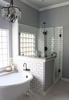 Beautiful Urban Farmhouse Master Bathroom Makeover - Page 13 of 44 - Inspiring Bathroom Design Ideas Bathroom Renovations, Home Renovation, Home Remodeling, Decorating Bathrooms, Bathroom Makeovers, Bathroom Updates, Remodeling Contractors, Bad Inspiration, Master Bathrooms