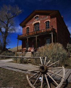 Abandoned Gold Mine-Bannack, Montana: Meade Hotel in Ghost Town.The abandoned Gold Rush town in Montana that once bustled with prospectors now lies empty in all its ghostly glory Abandoned Cities, Abandoned Mansions, Abandoned Houses, Haunted Hotel, Haunted Places, The Places Youll Go, Places To See, Westerns, Into The West