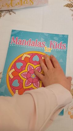 50 simple and easy to color mandala patterns for kids. The perfect coloring book to start your coloring adventure. Easy Coloring Pages, Coloring For Kids, Coloring Books, Mandalas For Kids, Simple Mandala, Mandala Pattern, Snacks, Adventure, Patterns
