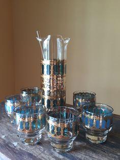 Vintage Martini Set Culver Emerald Scroll Pattern by StylishPiggy Martini Set, All Things Fabulous, Stir Sticks, Scroll Pattern, Glass Pitchers, Green Colors, Barware, Emerald, Candle Holders