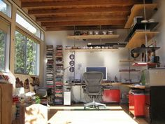 Architect Jeremy Levine's office listed on Lifehacker's Most Popular Featured Workspaces of 2009.