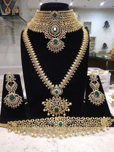 Jewellery Organizer Nz although Latest Bridal Jewelry Sets 2017 yet Wedding Jewelry Emerald Earrings about Jewellery Box Etsy Indian Bridal Jewelry Sets, Gold Wedding Jewelry, Bridal Jewellery, Western Jewellery, Jewellery Sale, India Jewelry, Temple Jewellery, Gold Jewelry, Bridal Necklace