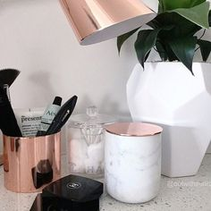 Dressing table copper!