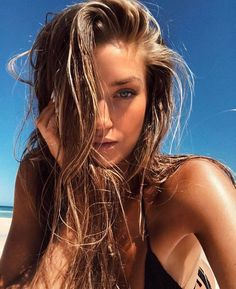 Stacey tonkes, girl on beach, beach hair, beach bum, pretty blonde girls Stacey Tonkes, Pretty People, Beautiful People, Tmblr Girl, Look Girl, Models Off Duty, Summer Pictures, Cuba Pictures, Vacation Pictures